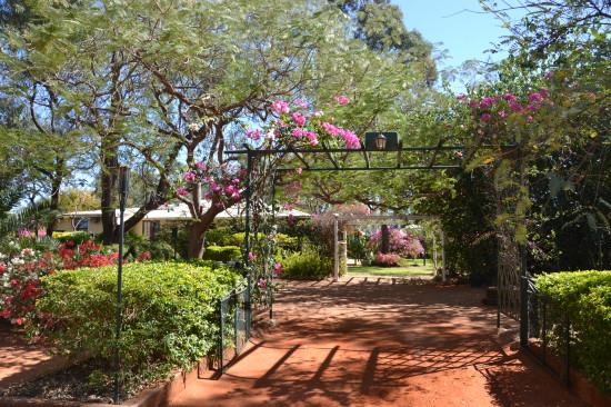 Ross Garden Tours Outback Queensland