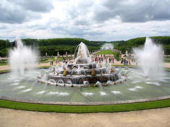 FR Versailles shutterstock_75728680