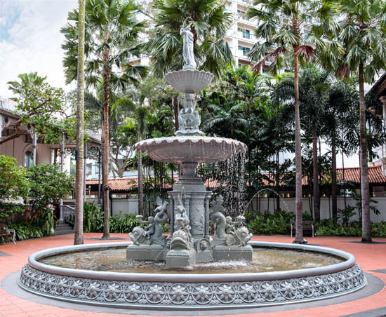 Water fountain in the Palm Garden. Photo - Ronnie Chua/Shutterstock